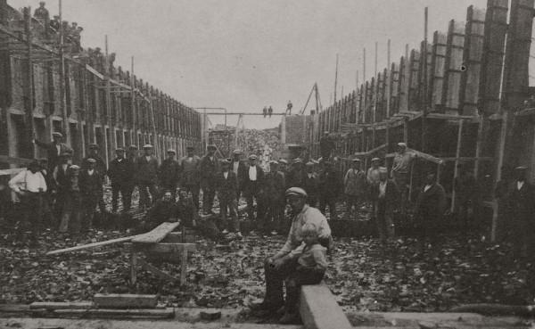 Afb. 14b - Restauratiewerkzaamheden Wetsingersluis, 1905.